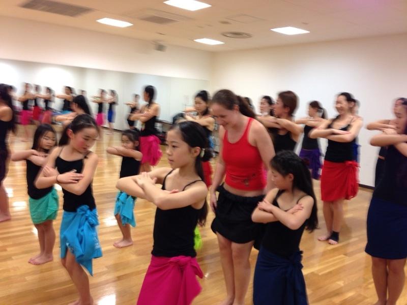 キッズタヒチアンダンス体験クラス開催!page-visual キッズタヒチアンダンス体験クラス開催!ビジュアル